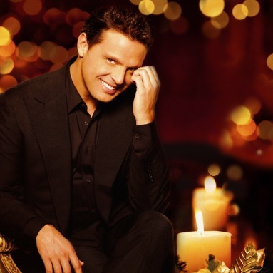 'Navidad Latina' Station  on AOL Radio